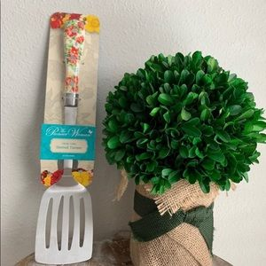 New Pioneer Woman Slotted Spatula Floral